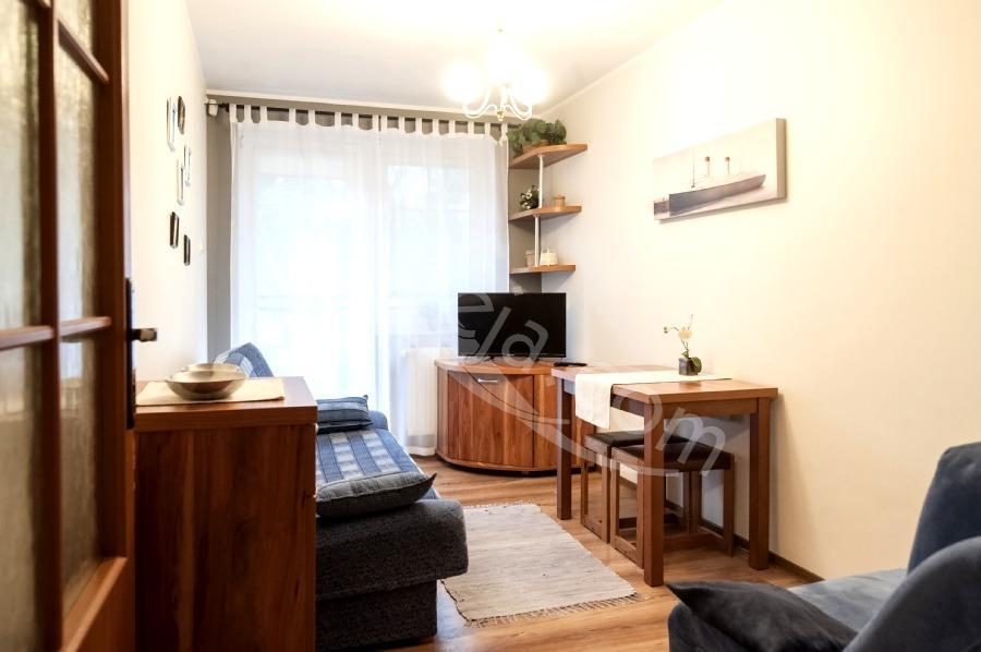 Całoroczne pokoje i apartamenty